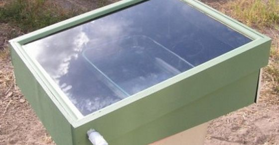 How To Build A Solar-Powered Still To Purify Any Water Source  http://www.whydontyoutrythis.com/2014/02/how-to-build-a-solar-powered-still-to-purify-any-water-source.html