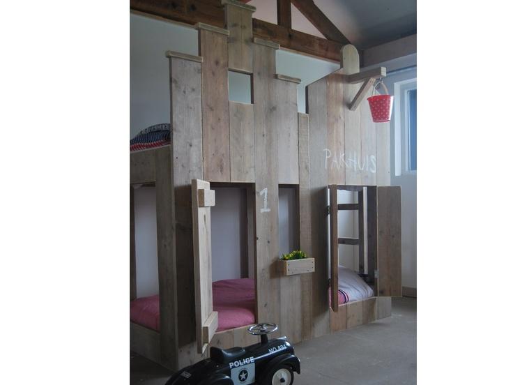 Stapelbed Steigerhout Pakhuis | Steigerhouten stapelbed