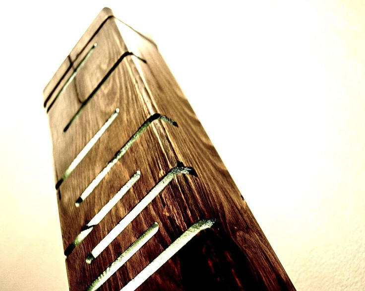 Ray -  #handmade #woodlamps #desklamps #desklights #woodenlights #woodwork #wooden #woodenlight #pinewood Διακοσμητικό φωτιστικό σαλονιού Led Ξύλινο χειροποίητο φωτιστικό, από ξύλο πεύκου σε απόχρωση wenge. Λειτουργεί με τροφοδοτικό 12V. Διαστάσεις: 51,5εκ. x 13εκ. x 7εκ.
