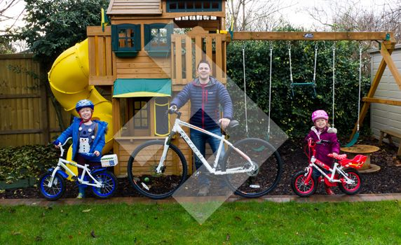 With dark mornings and evenings, it's just too easy to lock the door behind you and not do any form of outdoor activities. As a dog owner, that's pretty much impossible for me but for the kids, it's important to wrap up warm this Winter and get outside!  #Family #Fitness #FamilyFitness #Health #ExerciseAndKIds #Cycling #Bikes #FitnessJourney