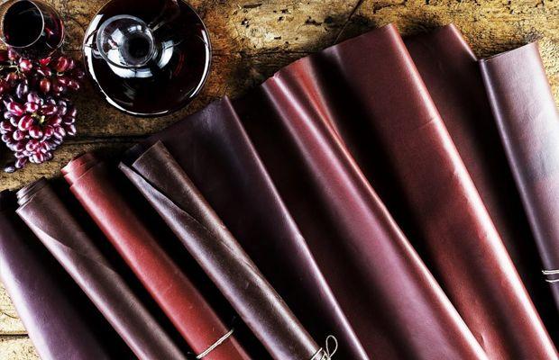 Wineleather: Marca italiana utiliza bagaço de uva para criar uma alternativa ao couro