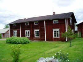 2003 Jalasjärvi Koskue Länsikallion talo eli tulevaisuuden Runotalo. Ostin talon siirrettäväksi keväällä 2003.
