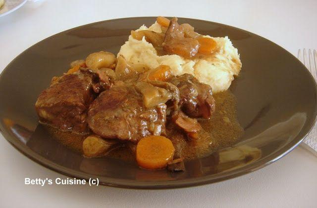 Betty's Cuisine: Μοσχαράκι bourguignon