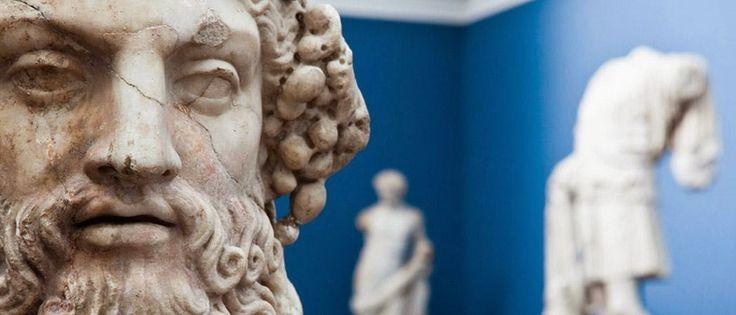 Theseus Aegean: Ιερά,Βωμοί και προσωνύμια του Θεού Άρεως