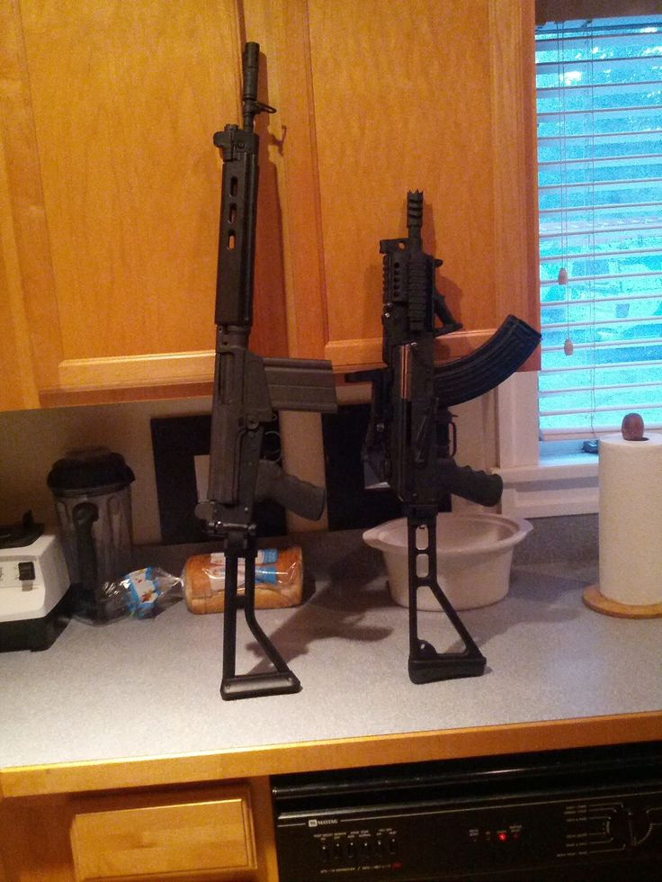 Now that's a pair. FAL and Zastava M92