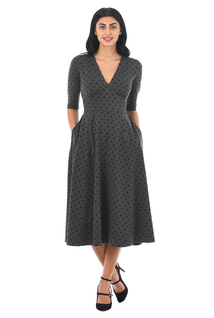 Star print patterns our cotton jersey knit dress in a flattering fit-and-flare silhouette with a low V-neck to the curved empire waist.