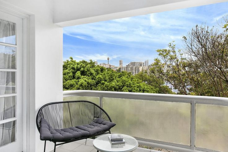 New Beach Rd, Darling Point, a Luxico Holiday Home