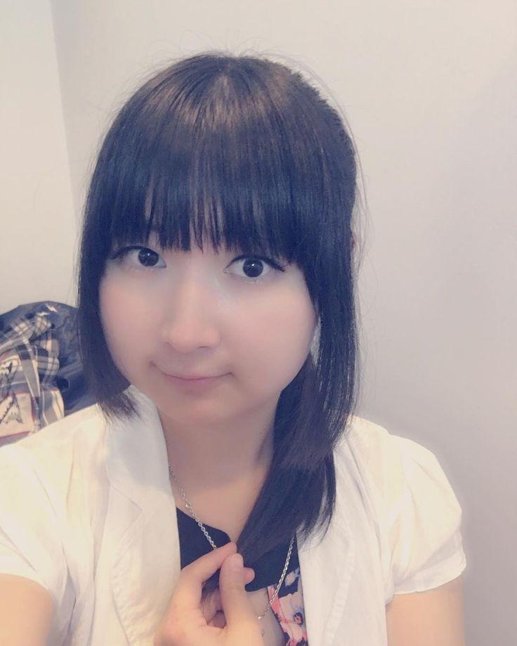 今日は虹コンさんの通訳 Translating for Nijicon today!! Live from 2pm :3 exciting!  #nijicon #虹コン