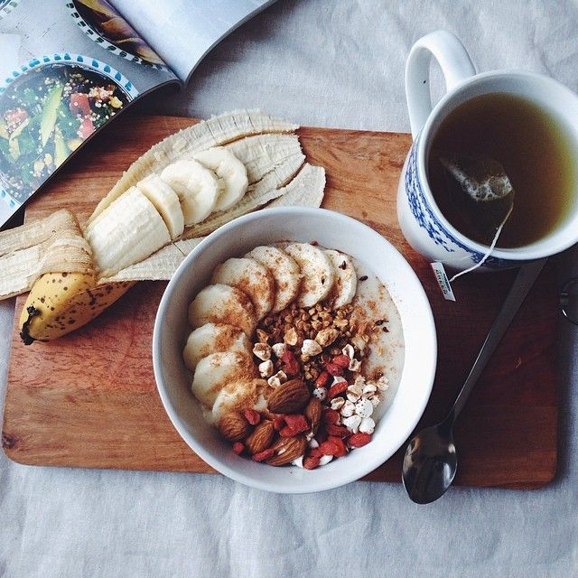 "our-healthy-habits: "" Oats (made with @almondbreezeaus) with banana, buckwheat puffs, goji berries, home made granola and cinnamon. Also having pomegranate green tea x #mymeals Instagram:..."