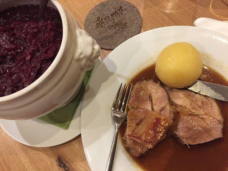Best of Bio | beer 2016 Bierverkosten macht hungrig. Der beste Schweinsbraten im Alter Wirt Grünwald b. München