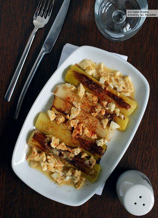 Receta de puerros asados con vinagreta de mostaza y huevo