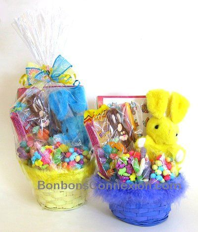 25 unique gift baskets canada ideas on pinterest fundraiser easter candy gift basket pques emballage cadeaux de bonbons eastergiftbaskets panierscadeauxpaques negle Images