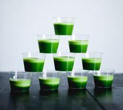 Velsmagende opskrifter på juicer og smoothies - med masser af grøntsager!
