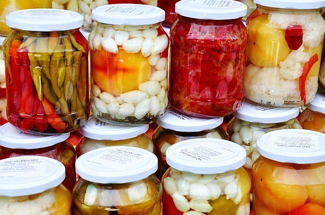 Muraturi asortate din legume si fructe