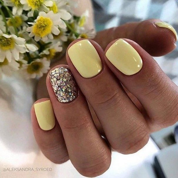 lemon nails for spring, love the glitter nail to sparkle it up
