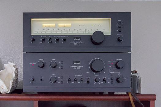 Sansui AU-717 Sansui TU-717 (1977-1979) Power output: 85 watts per channel into 8Ω (stereo)