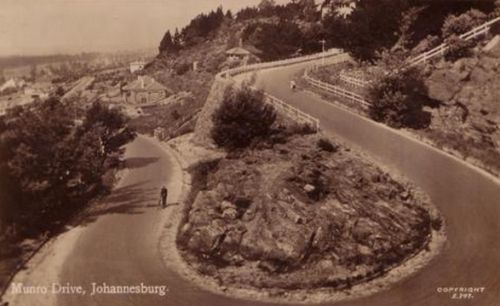 An early photo of Munro Drive