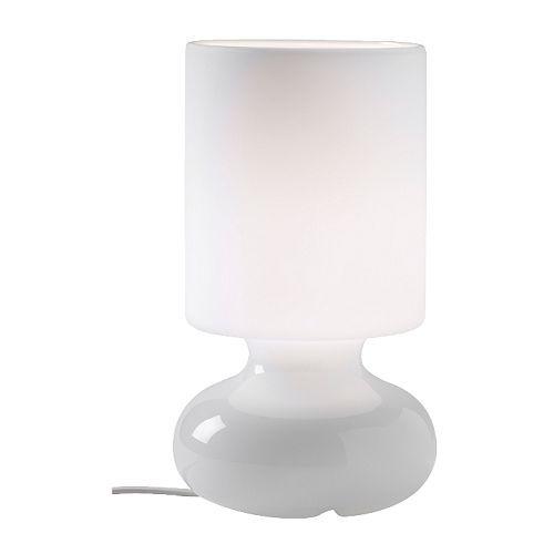 LYKTA Tischleuchte, weiß 12,99 Preise sind in €, inkl. gesetzlicher MwSt. Artikelnummer:900.848.06 Mundgeblasenes Glas - jede Leuchte ist e...