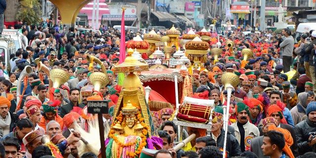 Experience Indian festivals on a holiday trip - AllGudThings