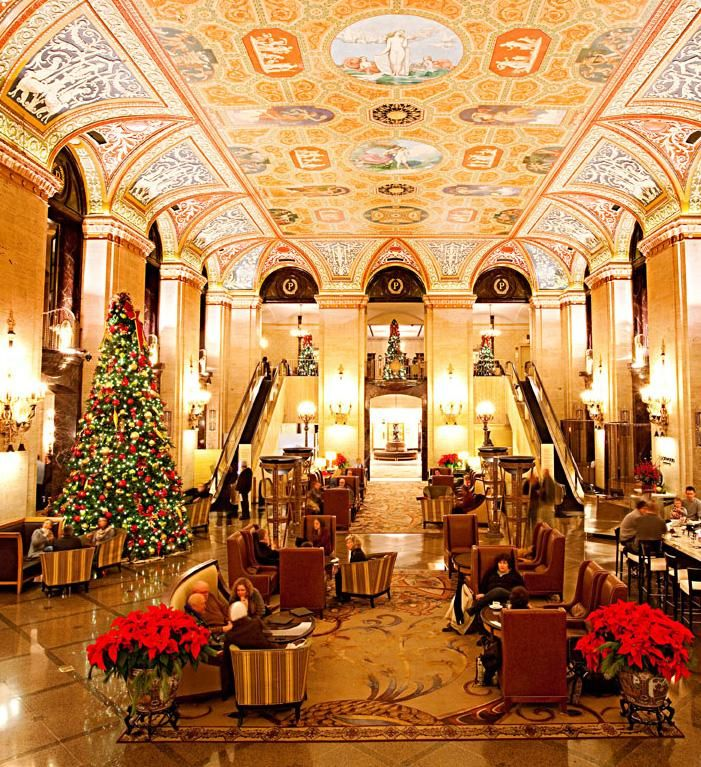 Thanksgiving in Chicago | Midwest Living. Thanksgiving dinner at Chicago's Palmer House Hilton