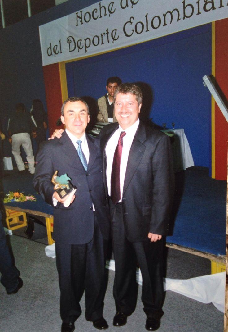 Miguel  y Bolillo Gómez / ascenso al Everest y copa América en el año 2001 / primer y segundo  mejores deportistas