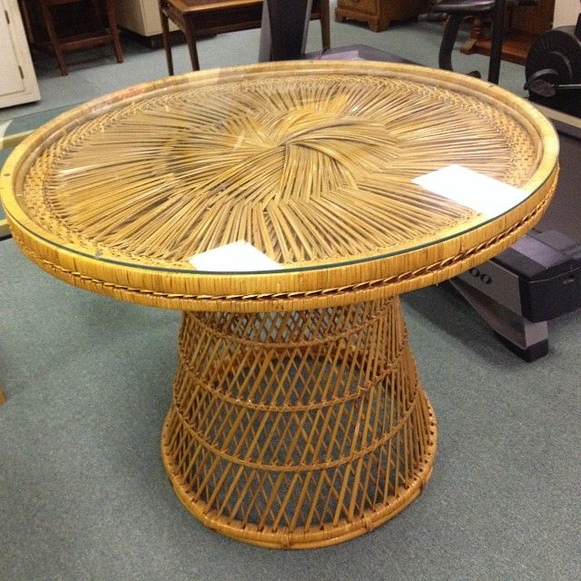 Captivating Great Vintage Wicker Table