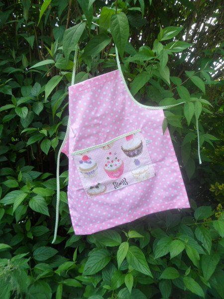 Schürze Cupcake von Schnickel und Schnackel auf DaWanda.com