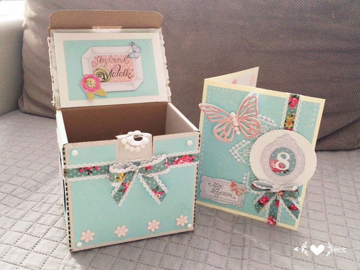 Pudełko i kartka z okazji urodzin 8 urodziny