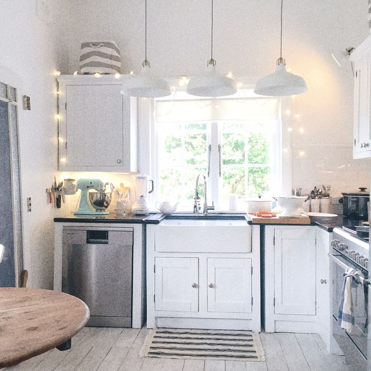 Cottage Kitchen Photos: 1000+ Ideas About Beach Cottage Kitchens On Pinterest