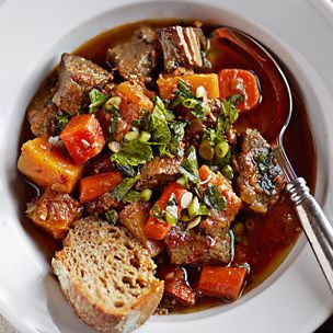 Looks delicious! I'm cooking this tomorrow with butternut squash (instead of pumpkin).  Braised Beef with Autumn Vegetables | Williams-Sonoma