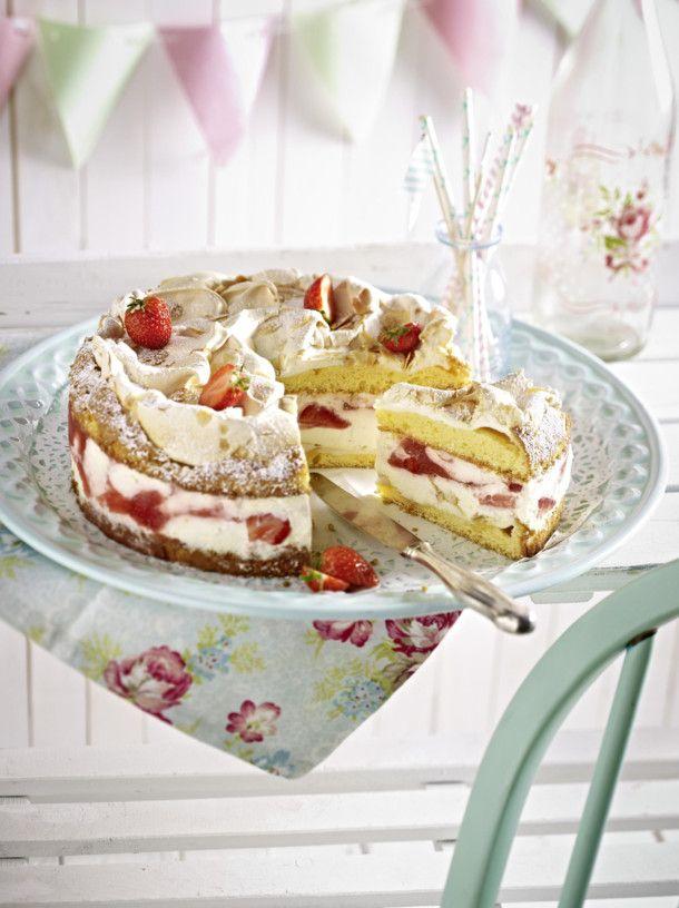 Unser beliebtes Rezept für Erdbeer-Baiser-Kuchen und mehr als 55.000 weitere kostenlose Rezepte auf LECKER.de.