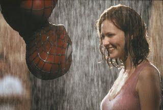 "Teens Kissing in the Rain | SPIDERMAN de Sam Raimi – 2002 – (""Spiderman"")"
