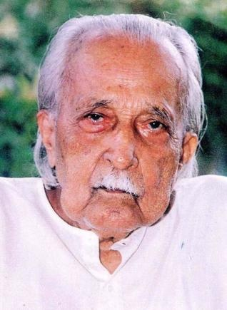 Dr. K.S. Karanth is considered to be one of the foremost authorities on Yakshagana.Since as early as 1930 he had begun studies on its many facets like--the dance, music, and literature.He led the way to a deep and  systematic study of this art form   by studying every Yakshagana manuscript he could acquire,the earliest back to A.D.1651.He  put together his findings in the form of two    standard books Yakshagana-Bayalata in Kannada,and Yakshagana in Kannada and English.  (Deepika)