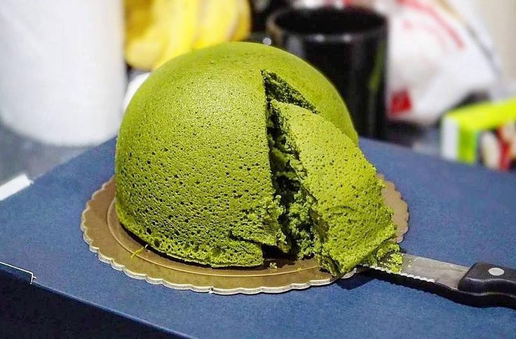 Matcha Angel Hat Cheesecake... We're jealous   @f.a.t.susie  . Want to create your own zen? Try our Ultra Premium Green Tea today. Link in bio!