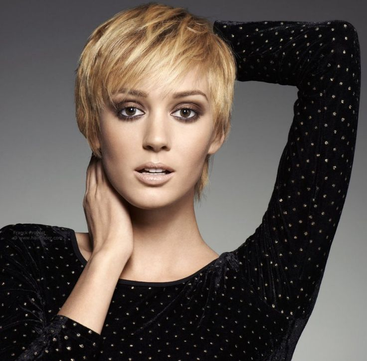 Sweet short hairstyles with bangs