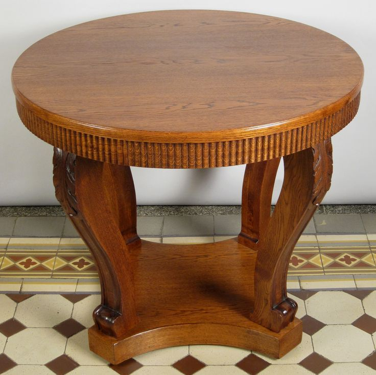 Runder Tisch Mit Vier Saulen Epoche Neorenaissance Holzart