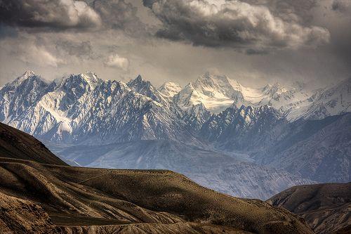 mountainish:  The mighty Hindu Kush -  Afghanistan (by M.Bob)