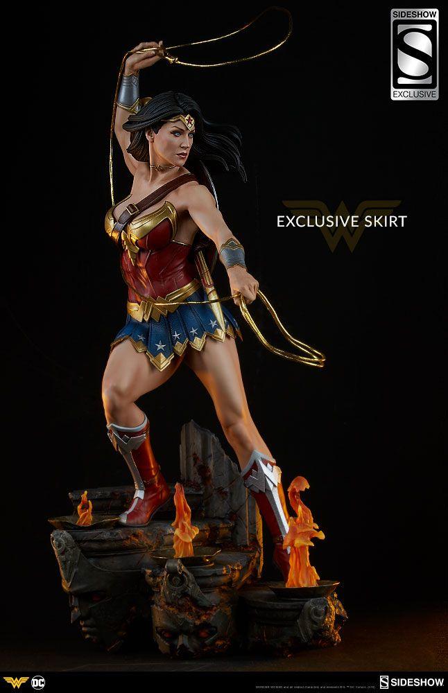 8dd576b0a3e DC Comics Wonder Woman Premium Format(TM) Figure by Sideshow ...