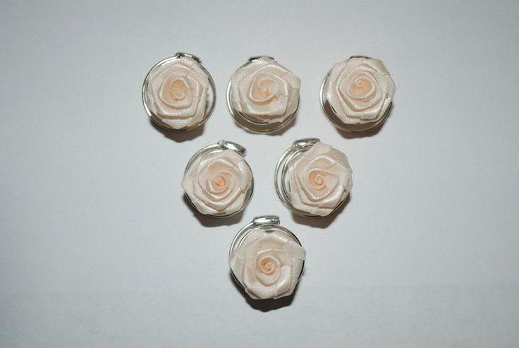 6 Rosen Curlies creme von fashion-dekoatelier auf DaWanda.com