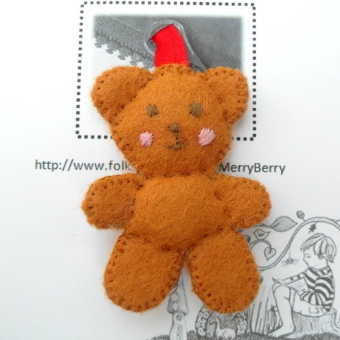 Tiny Teddy Bear Zip Tag