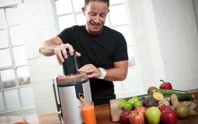 ep.1: Jason Vale and Jay Kordich  Juiceman Jay Kordich along with Juicemaster Jason Vale reveal how to overcome disease through the power of juicing