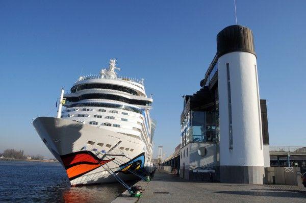 Antwerpen: Weer tal van opvallende cruiseschepen op bezoek