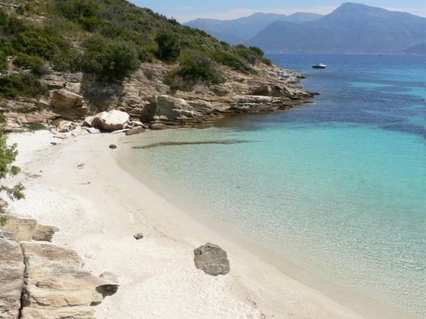 La plage de la Roya à Saint-Florent en Corse