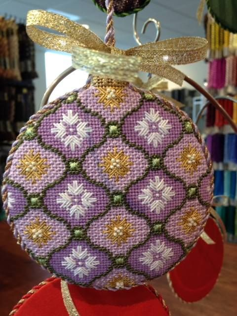 """Florentine Bauble- Lilac by Kirk & Bradley Style: KB1153 Size: 4"""" round Mesh: 18"""