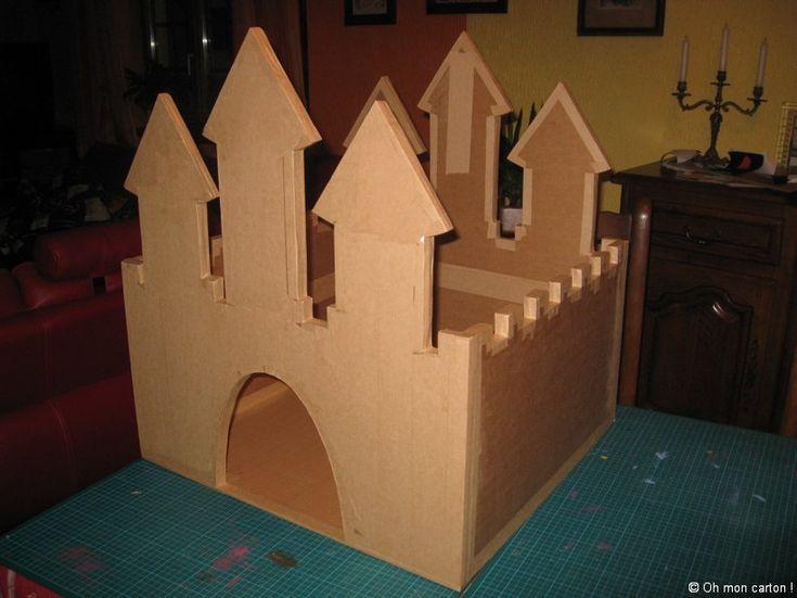 17 meilleures id es propos de chateau boite en carton. Black Bedroom Furniture Sets. Home Design Ideas