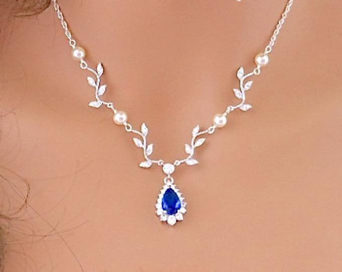 14K Or Blanc Finition Round Diamond Bar Collier Pendentif