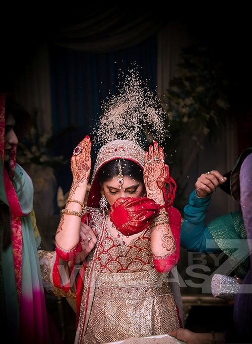 Indian Wedding x www.wisteria-avenue.co.uk - fabulous moment at this Indian wedding