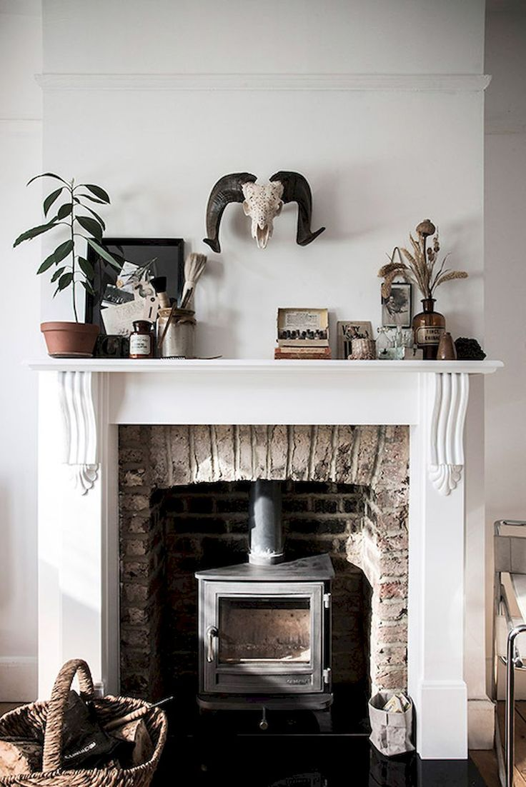 Adorable 60 Awesome Fireplace Ideas Makeover https://roomadness.com/2017/09/14/60-beautiful-eclectic-fireplace-decor/