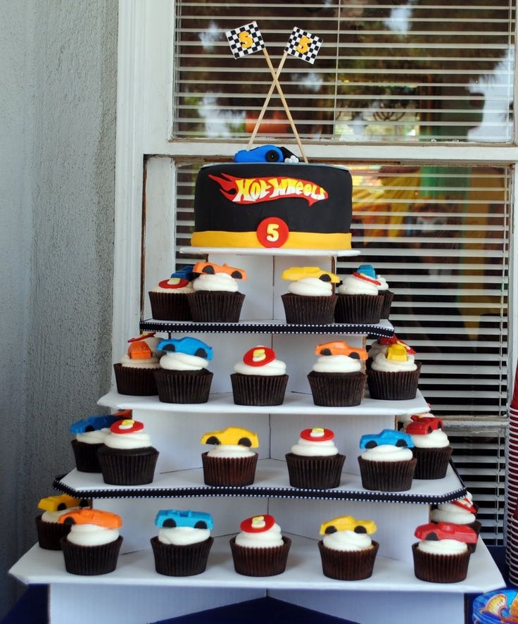 25 melhores ideias sobre bolo hot wheels no pinterest anivers rio hot wheels festa hot for 9 salon de hot wheels