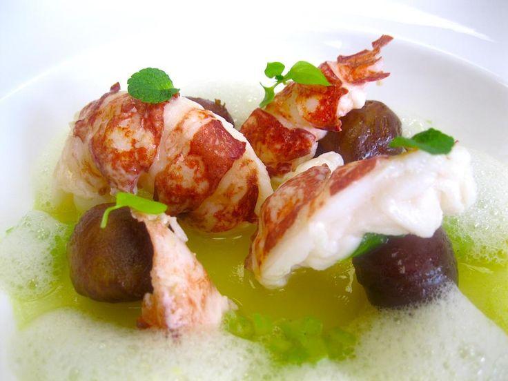 Praline crude di datteri e Panettone, sedano verde e astice bretone | Ricetta di chef Peter Brunel || #ricette #InsolitoPanettone